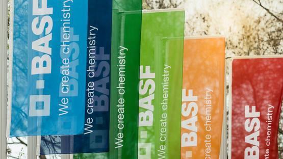 巴斯夫捐赠超过1亿个防护口罩